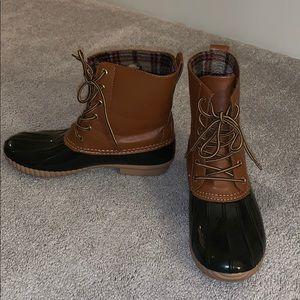 Steve Madden Duck Boots
